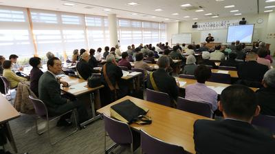 H27.11.30身延山大学公開講座1.jpg